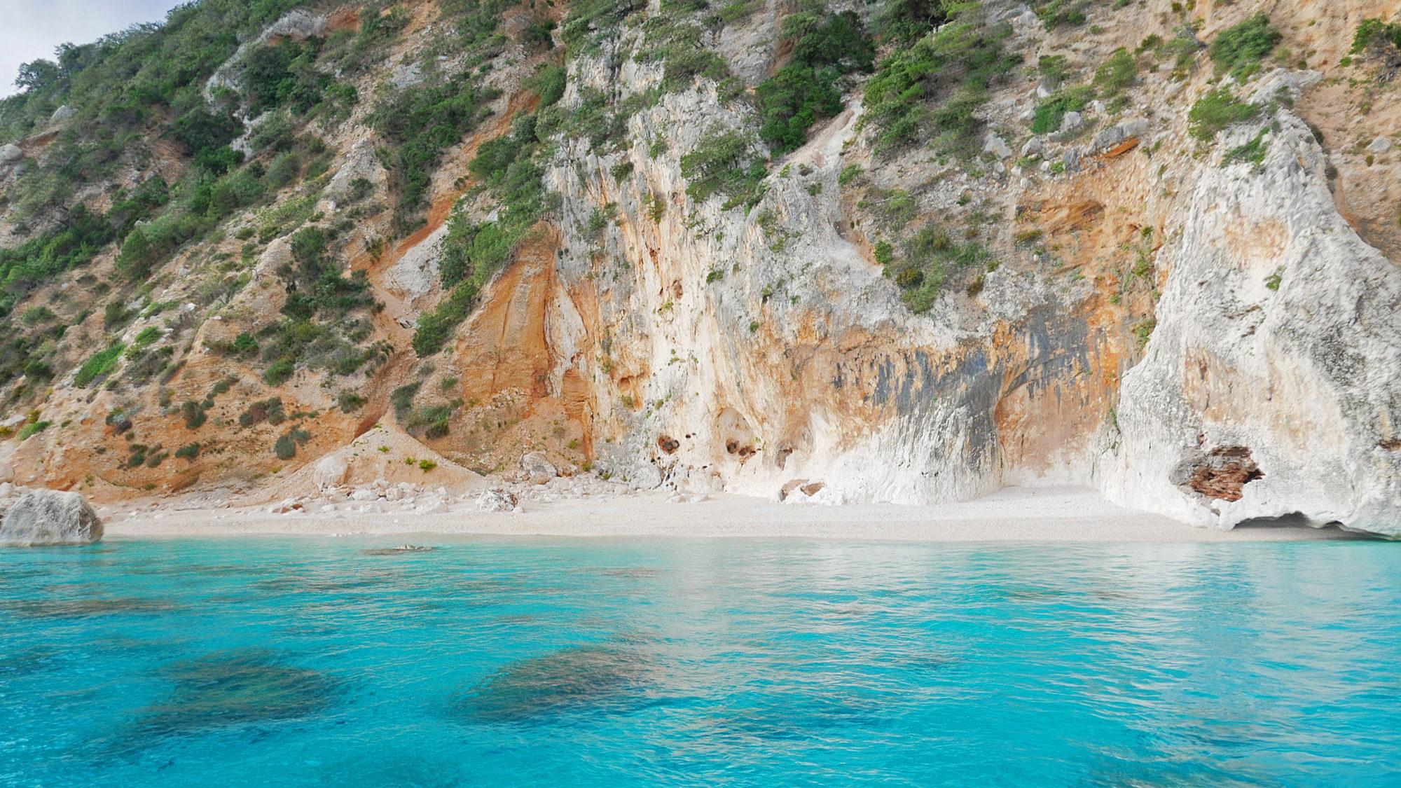 Das Wasser in der Cala Mariolu