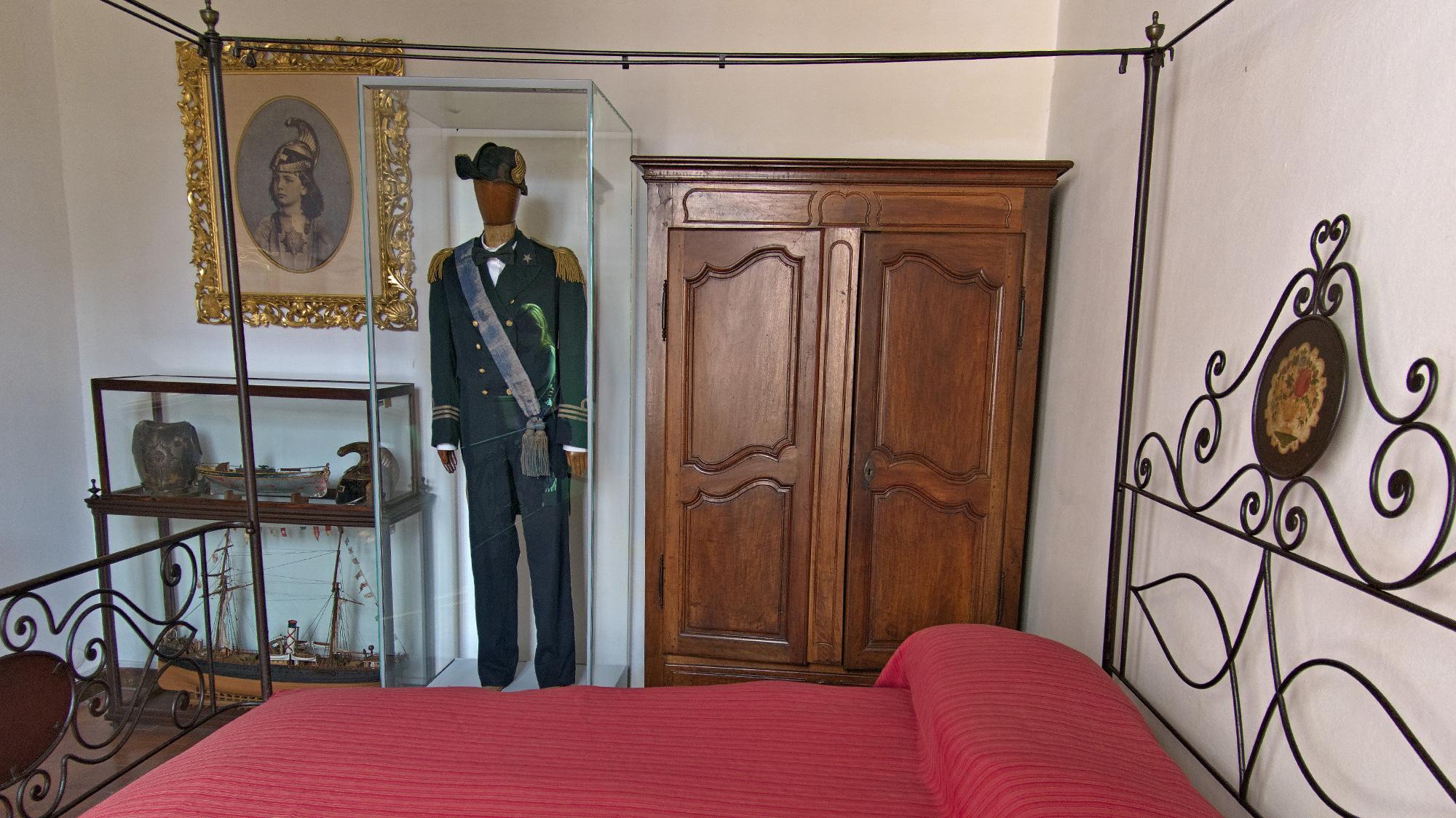 Im Schlafzimmer des Garibaldi-Sohns