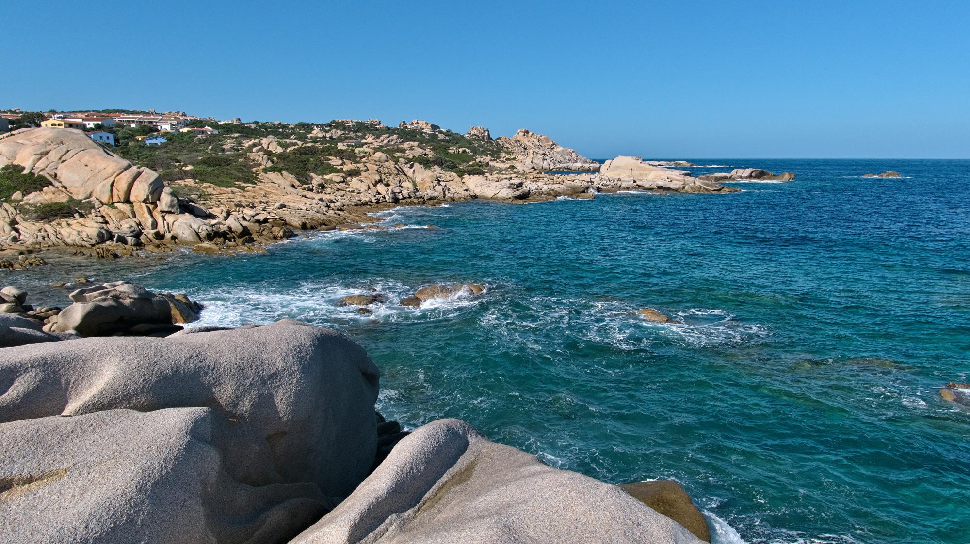 An der Küste des Capo Testa