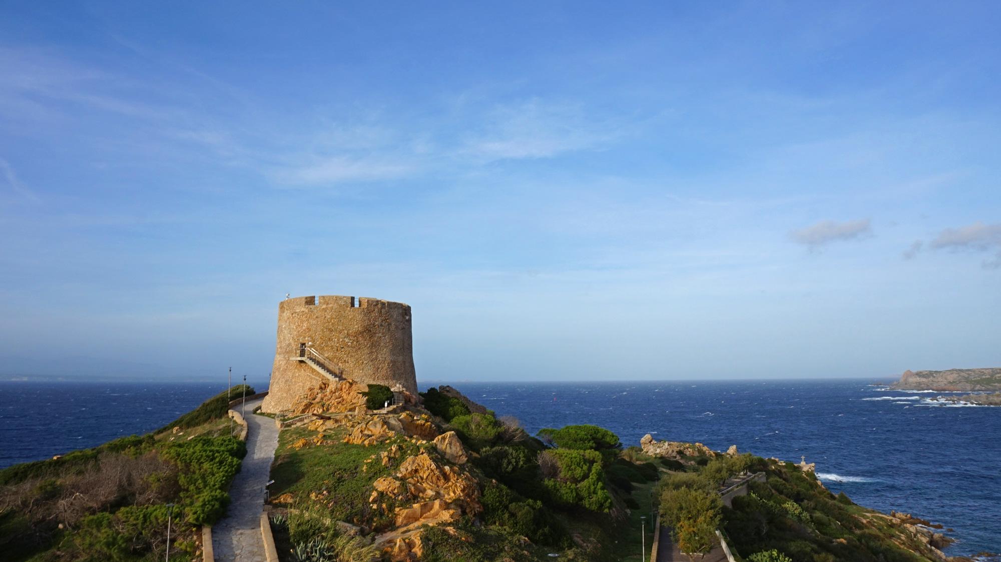 Torre Longosardo: Der Sarazenenturm von Santa Teresa Gallura